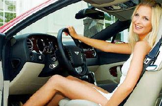 Blonde inside a Bentley