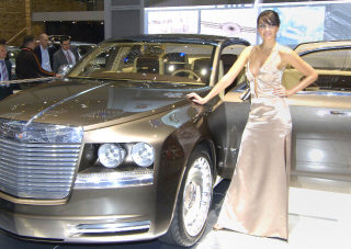 Chrysler Imperial - front picture with sexy girl