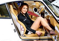 Porsche Babe