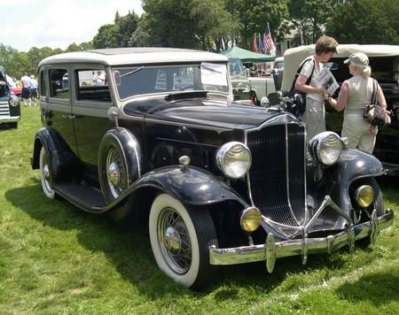 1932 Packard 900 Sedan