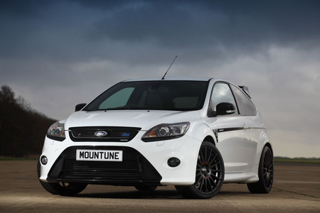 Mountune-Ford-Focus-RS-1.jpg