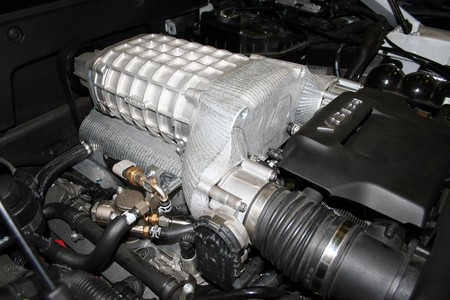VF-R8-supercharger-1.jpg